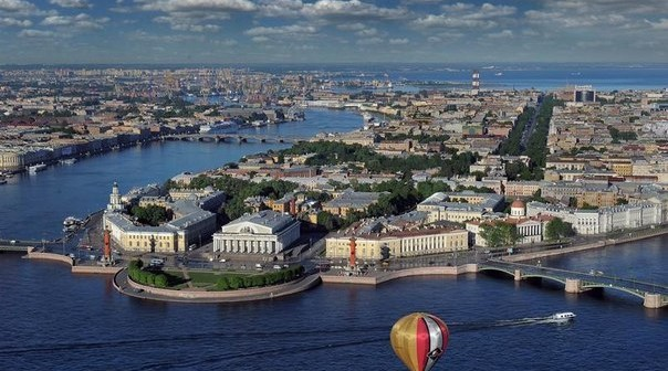 Excursion along rivers and channels of Saint-Petersburg